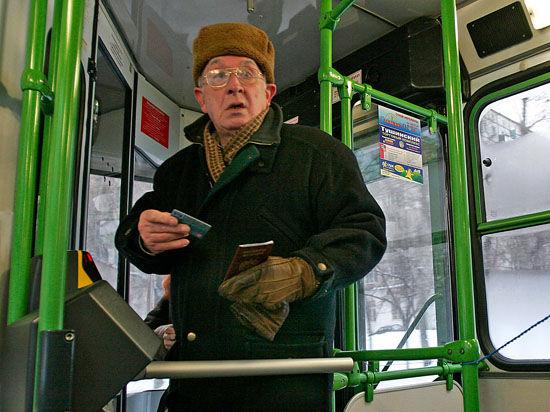 Москвичи стали чаще забывать вещи в автобусах - от