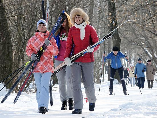 Лыжню! Как выбрать беговые