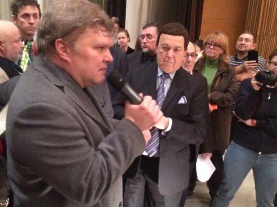 Балет в 11 этажей: на слушаниях по застройке Хамовников разразился грандиозный скандал