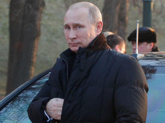 «Молятся, чтобы Путин не передумал». Чего ждать от Послания президента