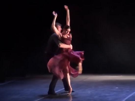 Балет борется с наркотиками и сексуальной распущенностью