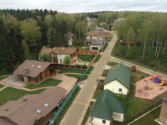 Как строится современный загородный дом?