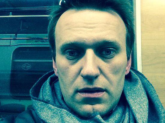 Навальный нарушил домашний арест, поехал в центр Москвы и был задержан