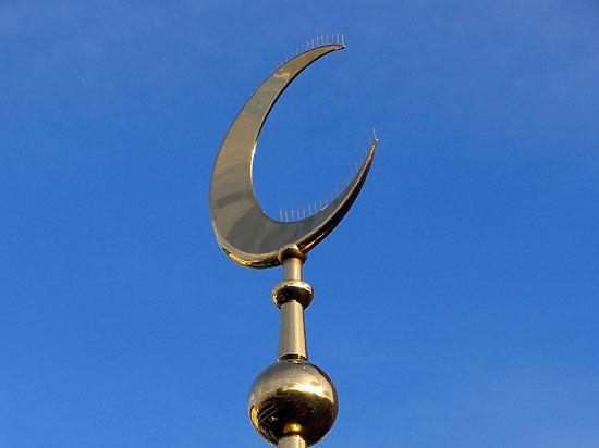В главной мечети Москвы избили прихожанина