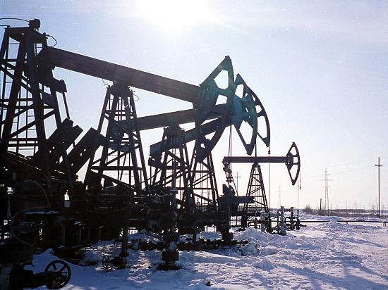 Цена на нефть может снизиться до $65 за баррель, если ОПЕК не сократит добычу