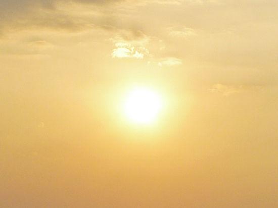 Сверхмощная вспышка на Солнце вызвала цунами