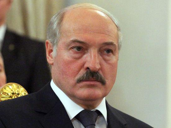 Лукашенко намерен вернуть статью за тунеядство: