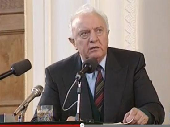 Эдуард Шеварднадзе: «Серебряный лис» или «ёж»?