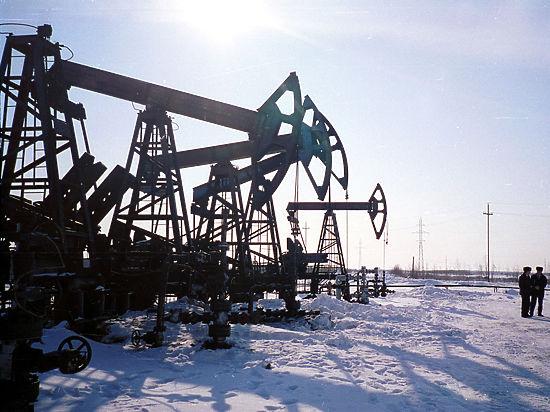 После обновления пятилетних минимумов цены на нефть поползли вверх