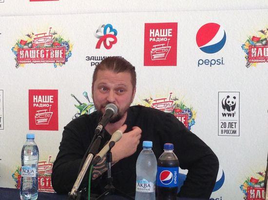 Илья Черт исповедовался перед зрителями, а Светлана Сурганова заявила, что готовит новую пластинку