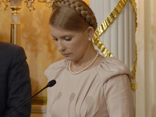 Порошенко и Тимошенко: конфетный король отказался от дуэли с
