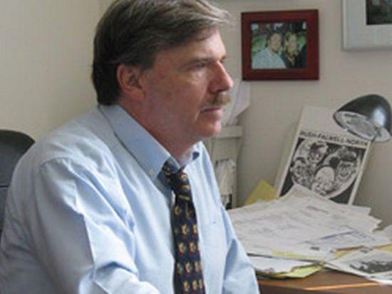 Роберт Пэрри: США на Украине уничтожают русских с помощью нацистов, а американцы ничего не знают