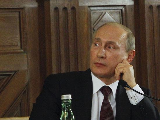 «Удалось уломать Украину». Перспективы встречи Путина и Порошенко в Минске