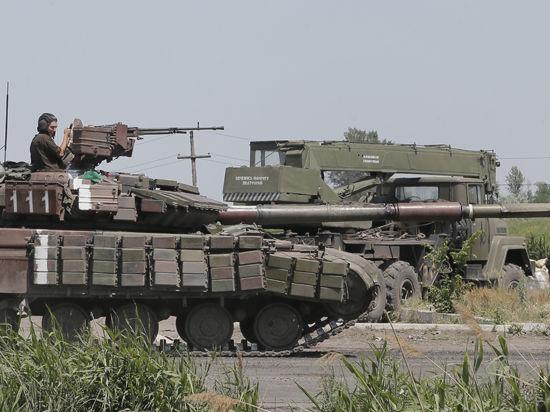Ополченцы Донбасса объявили набор добровольцев в танковую дивизию