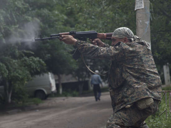 СМИ: Силы АТО приступили к штурму Луганска