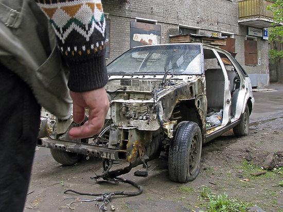 Почему автовладельцы вынуждены платить налог за разукомплектованные машины?