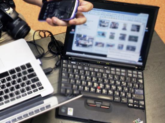 Селфи в армии пойдут под запрет: особисты прочешут посты в соцсетях российских солдат