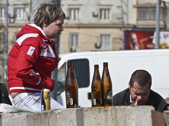 Студентов выгонят из винных: спиртное будут продавать с 21 года?