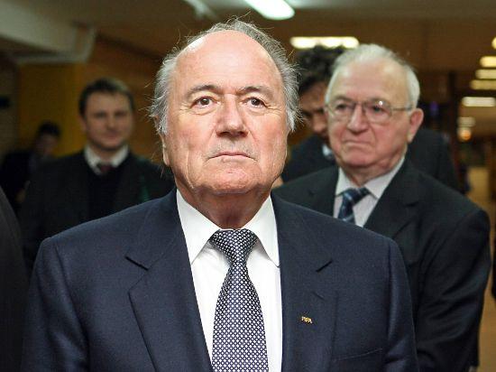Президент ФИФА Блаттер: «На ЧМ-2018 сборные России и Украины будут разведены по разным группам»
