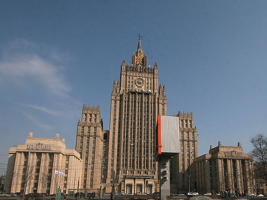 МИД РФ ответил Яценюку: Не пытайтесь спрятаться за ширму