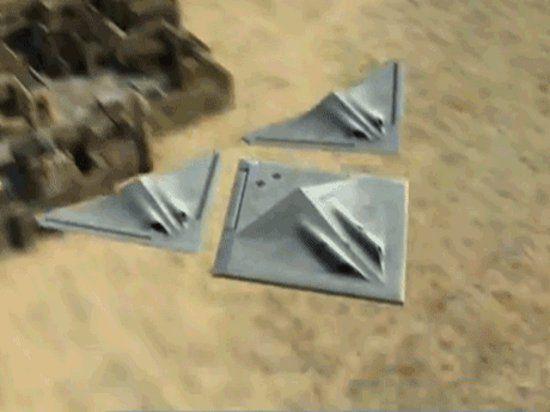 Представлен концепт стелс-бомбардировщика, который в полете разделяется на три самолёта