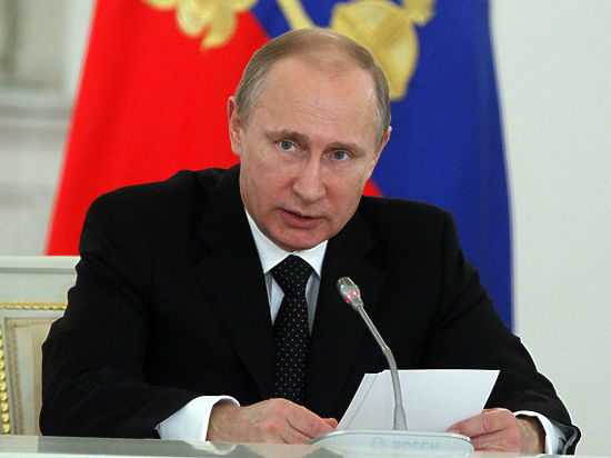 Путин: циничная ложь о ВОВ используется в политических целях