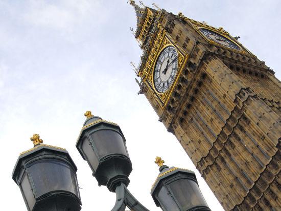 Россиянам задерживают британские визы и лишают возможности вернуть деньги