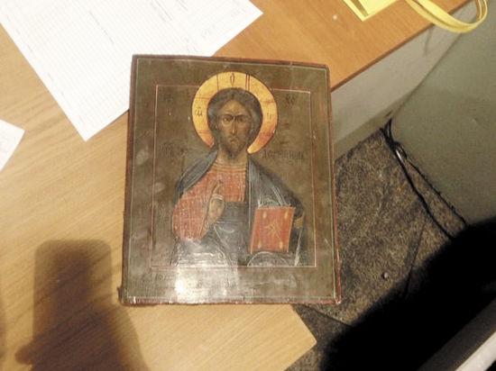 Сириец сдал святых в багаж