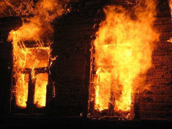 При пожаре в центре для наркозависимых на Алтае погибли 8 человек