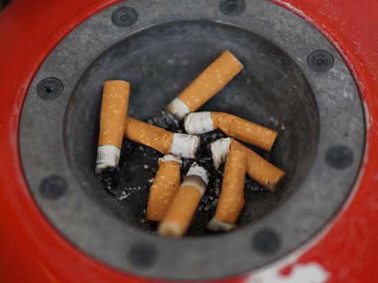 Стоимость пачки сигарет в России предлагают довести до 120 рублей