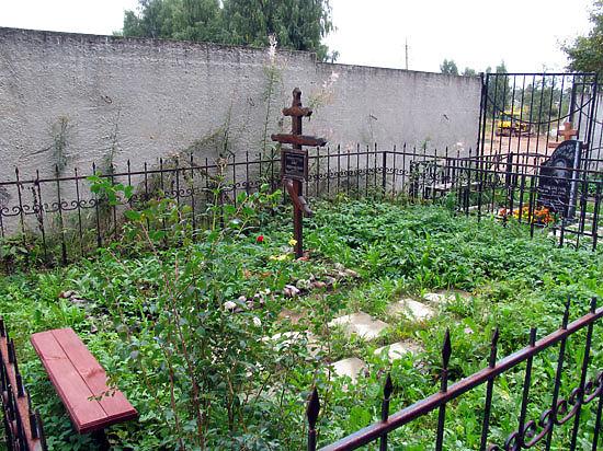 На кладбищах могут появиться надгробия-фотоальбомы