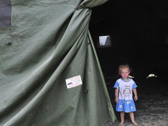МЧС организовало для беженцев 6 воздушных мостов и 918 палаточных городков