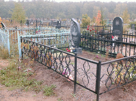 Погребённые заново: Минстрой предложил выселять бесхозных покойников