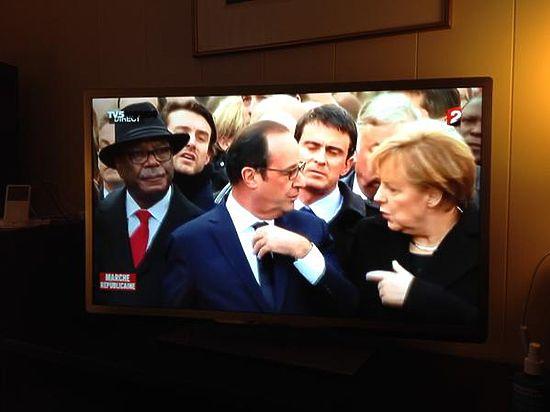Траурный марш «Je suis Charlie» обернулся комедией позора для французских руководителей