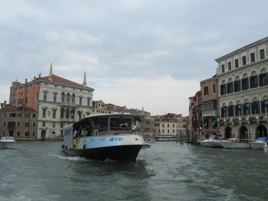Итальянский регион Венето выступил против антироссийских санкций: вредят ЕС