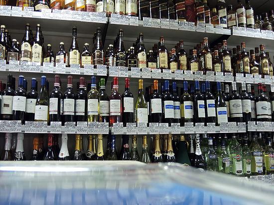 В Санкт-Петербурге продавщицы супермаркета запихнули в морозилку уличенную в воровстве покупательницу