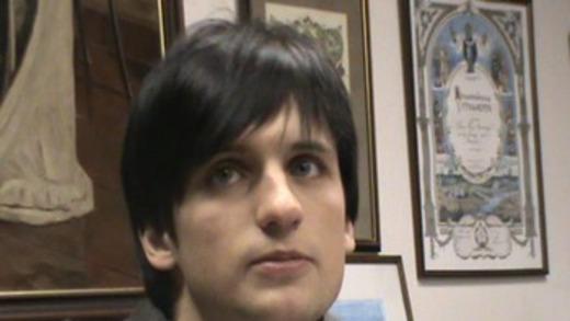 Дмитрий колдун фото где он в капюшоне